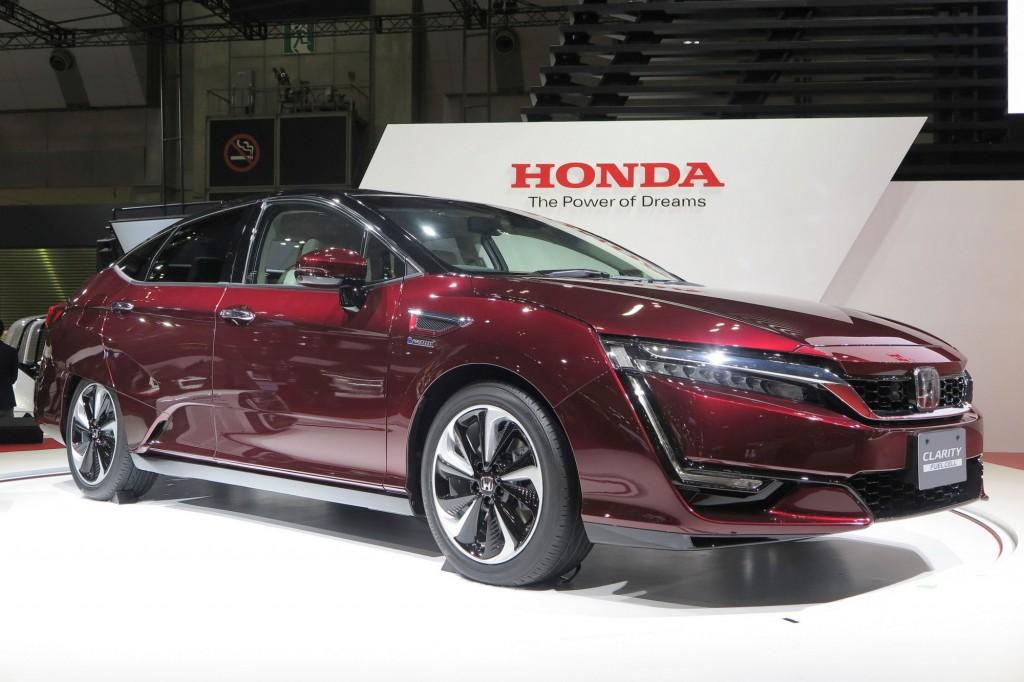 20151028 Honda Clarity Fuel Cell