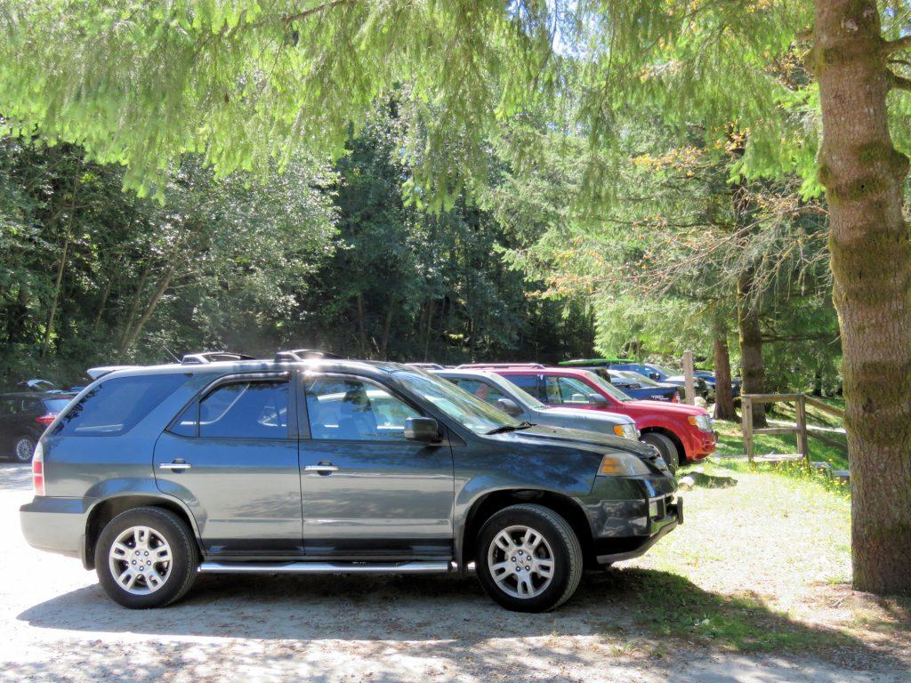 parking-lot-1469826720qS4