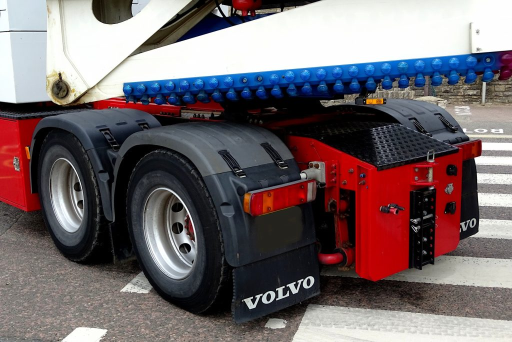fairground-trailer-truck